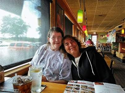 kat-and-diane-at-applebees-2016-googled